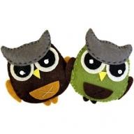 2x Fat Owls Felt Brooches